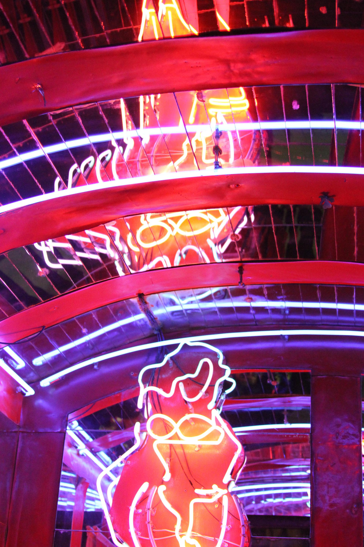 Neon Lights // Rua Augusta